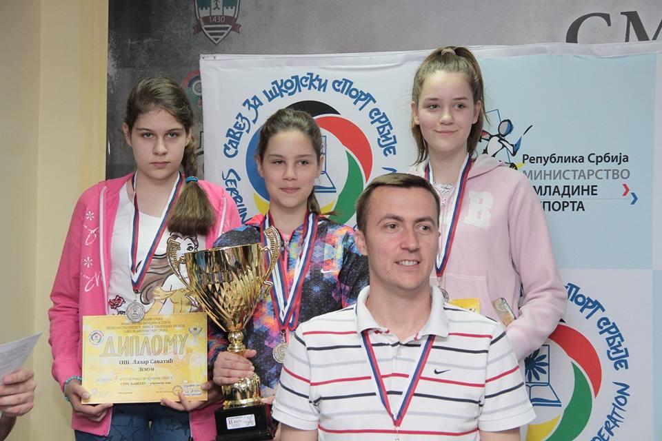 Pionirke OŠ Lazar Savatić Foto: Savez za školski sport/Facebook